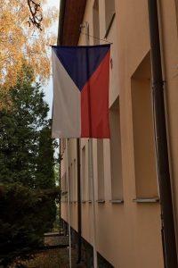 Vlajka ČR před volbami 2017 v Rozsochách