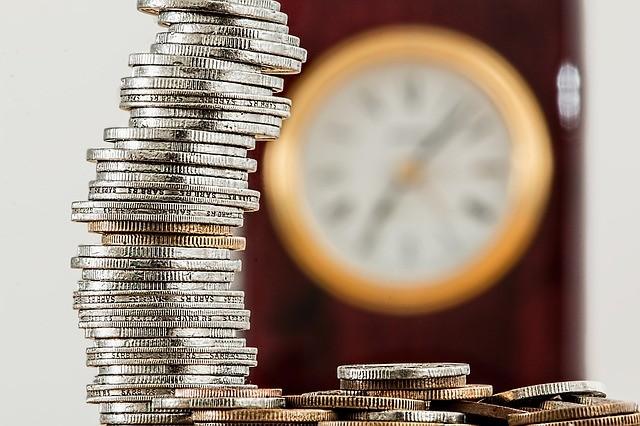 Peníze, investice, p2p,
