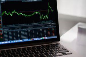 Arbitráž, směnárny, burzy, výdělky, kryptoměny, peníze